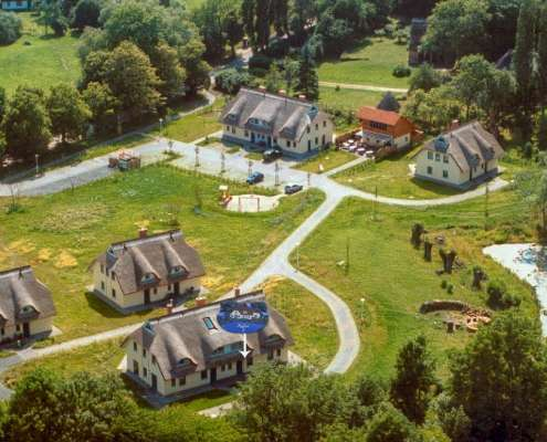 Luftbild Feriendorf Puddeminer Wiek auf Rügen
