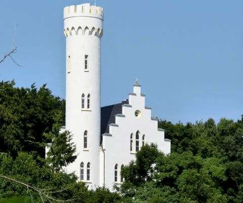 Schloss Klein Lliechtenstein in Lietzow